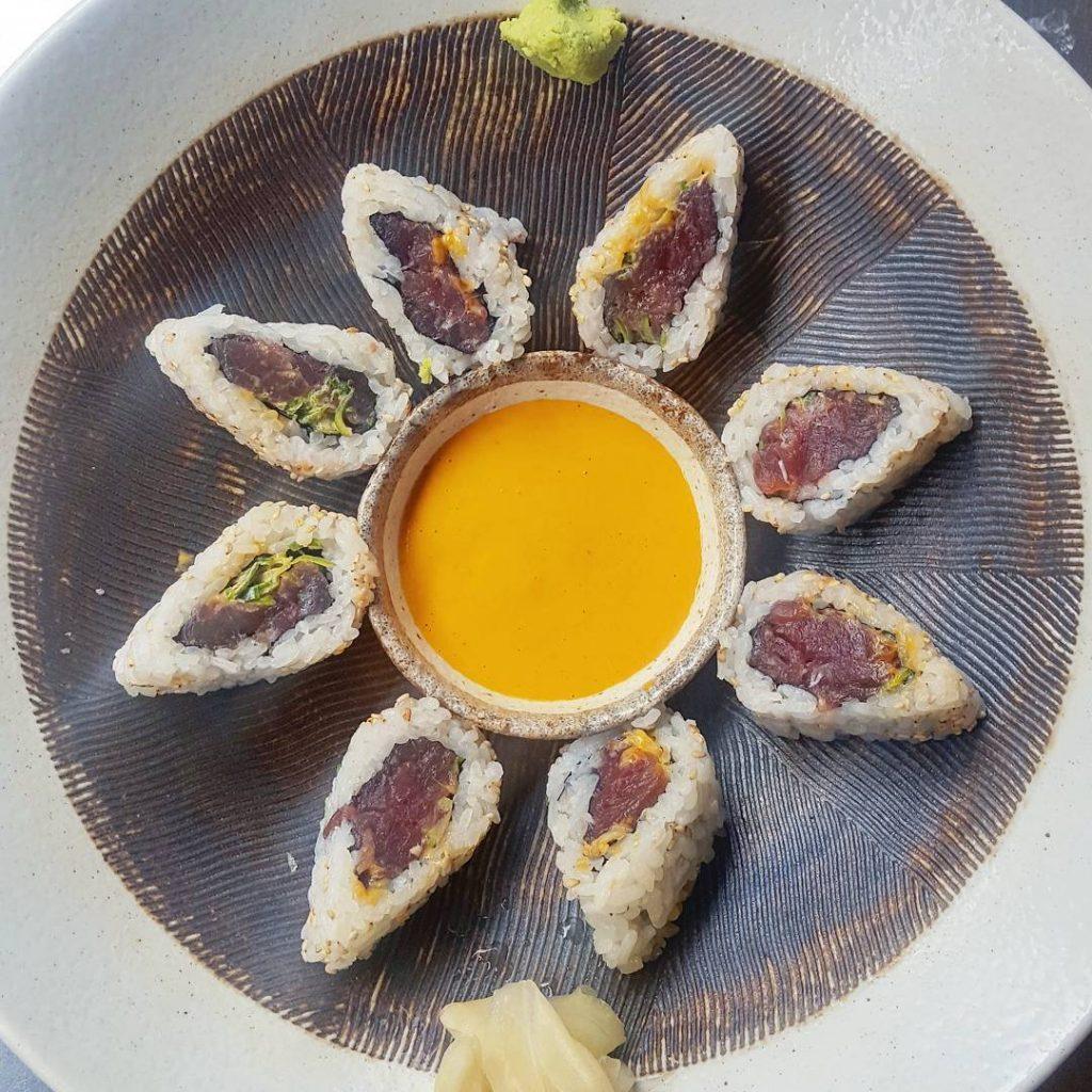 Spicy maki rolls