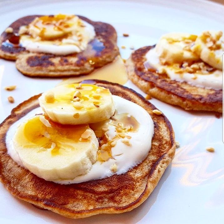 Looking for some quick and easy breakfastbrunch inspiration? These bananahellip